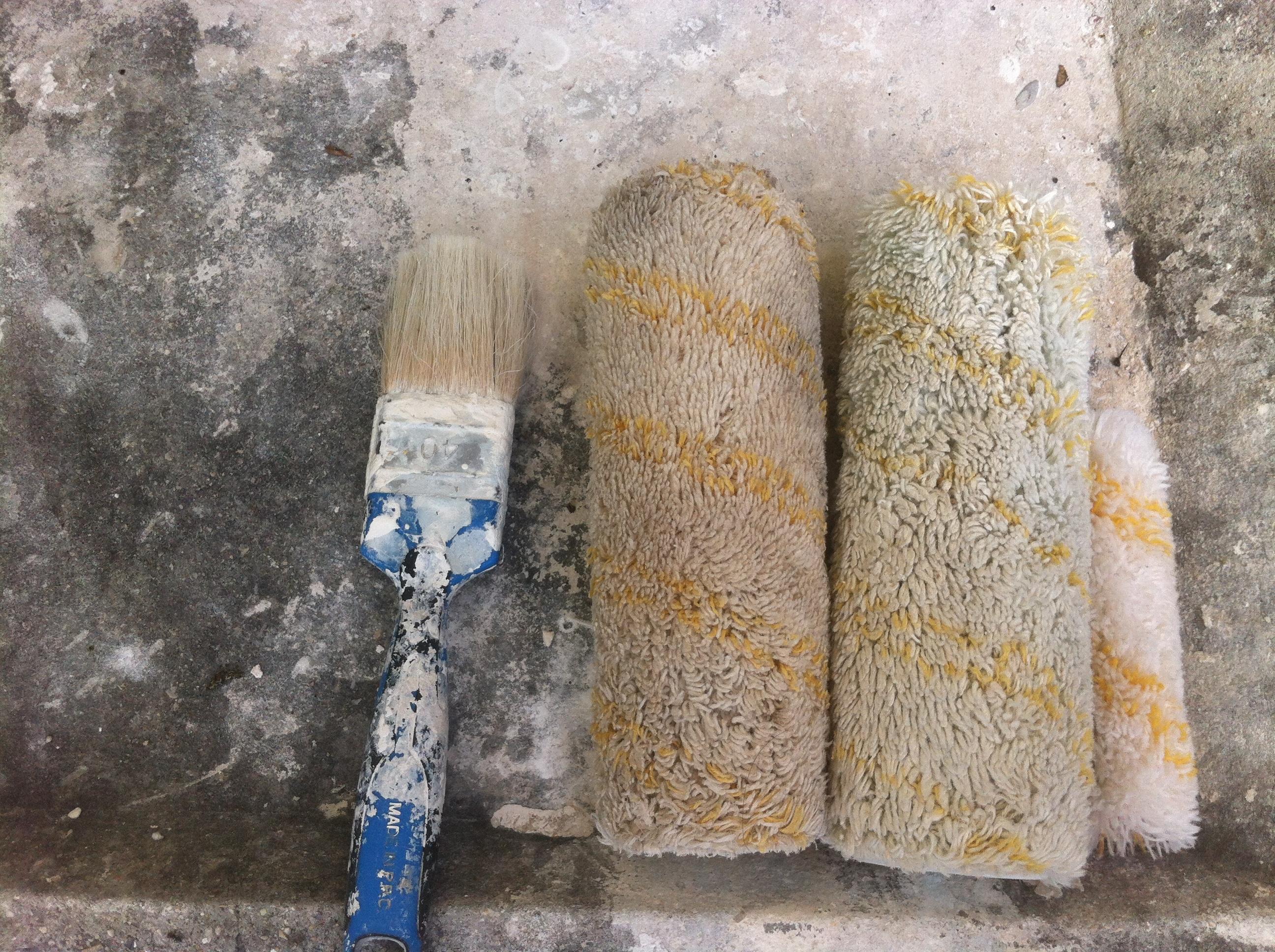 Astuce peinture nettoyer ses pinceaux secs la machine - Peinture pour machine a laver ...